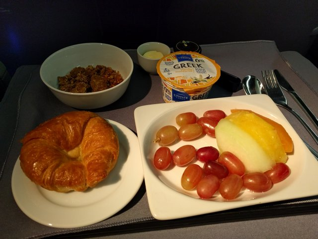 Breakfast on United BusinessFirst to Berlin