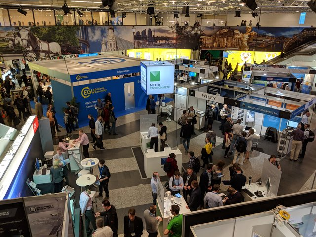 Main hall at EGU2018