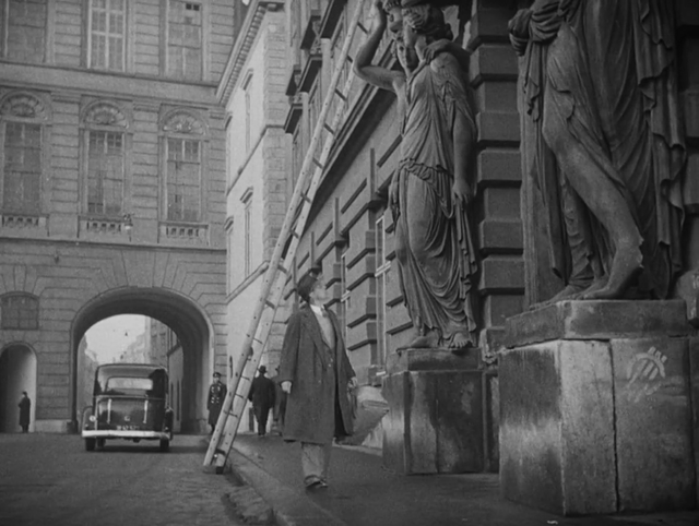 Harry Lime's apartment building in _The Third Man_