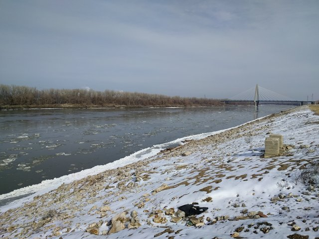 Ice on the Missouri River