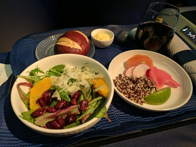 Salad aboard international United Business